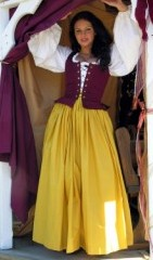 All cotton gathered skirt in yellow, regular and plus sizes.