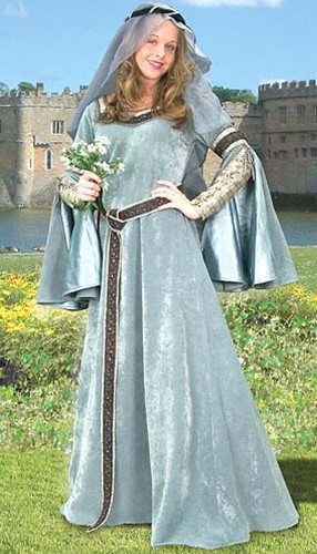 Maid Marian ensemble - full length view