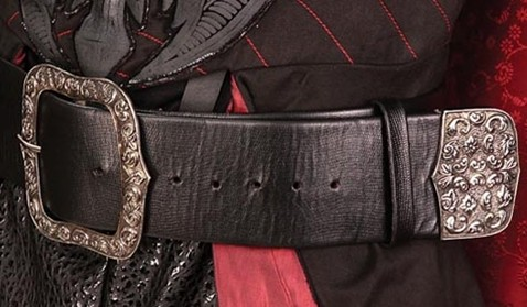 Hressian belt in faux black snakeskin, antqued nickel buckel and tip.