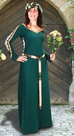 Castleford Medieval Gown in green.