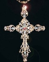 Queens Cross Pendant glitters with 60 Austrian aquamarine crystals