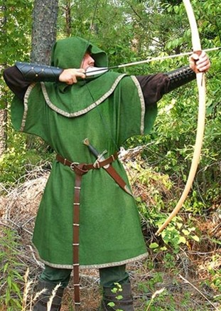 Huntingdon Archer's Tunic in forest green with brown Medieval trim, shown with Huntingdon undertunic.