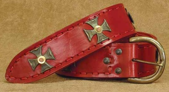 Red Medieval Longbelt, 2 inches wide