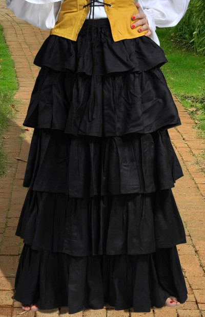 Tiered Skirt in black