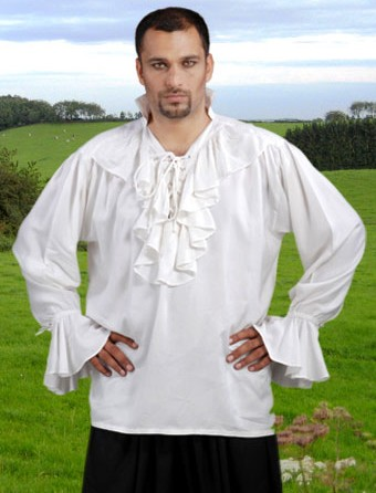 Medieval nobleman shirt in white