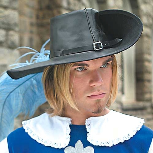 Cavalier Hat in black leather.  Plume not included.