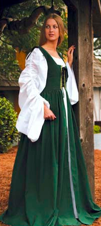 Fair Maiden Dress in hunter green.