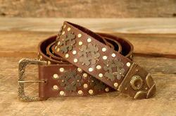 Medieval Belt made of heavy, top-grain brown leather, with antiqued and polished brass accents and a brass belt tip, 70 inches long.