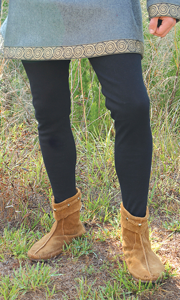 Period tights in black.  Also available in brown and gray.